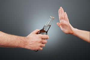Когда алкоголь запрещен после инсульта