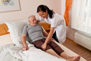 лечение паралича после инсульта дома